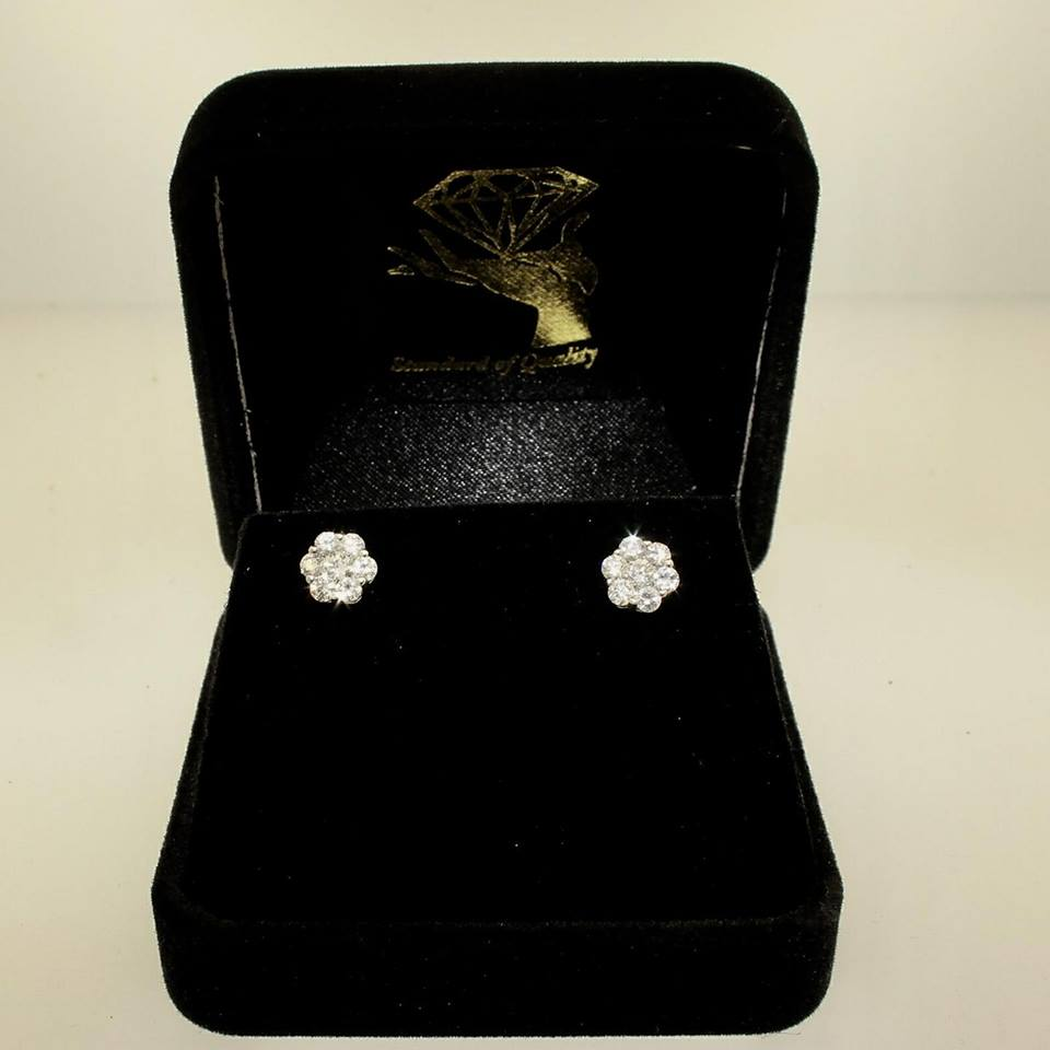 2017, Diamond Flower Earrings